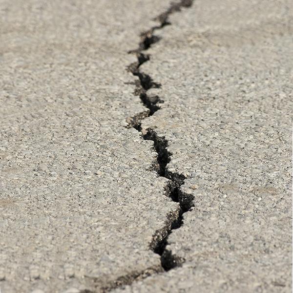 Close up photo of a fault line